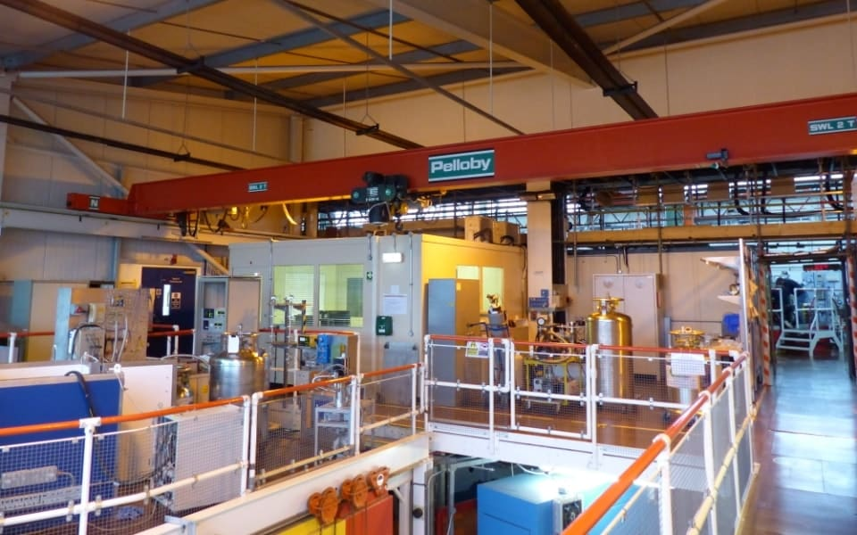 Two tonne overhead crane with hoist stops