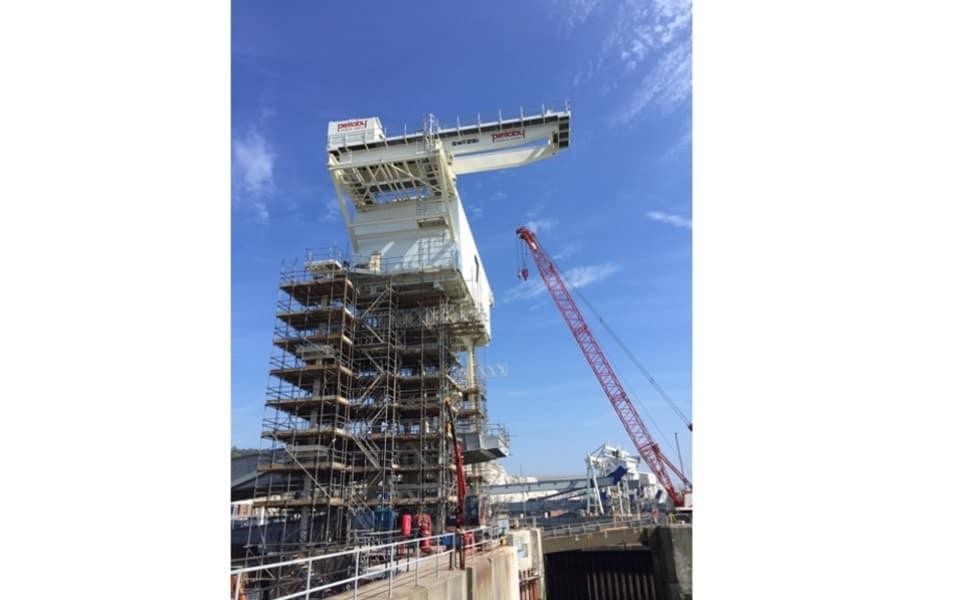 Cantilever 25 Tonne Special Crane