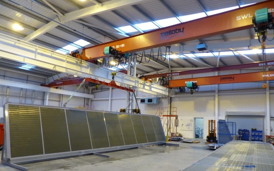 Pelloby spreader beam being used with an overhead crane
