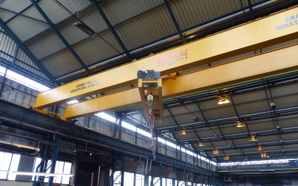 Turntable Crane Rotating Load