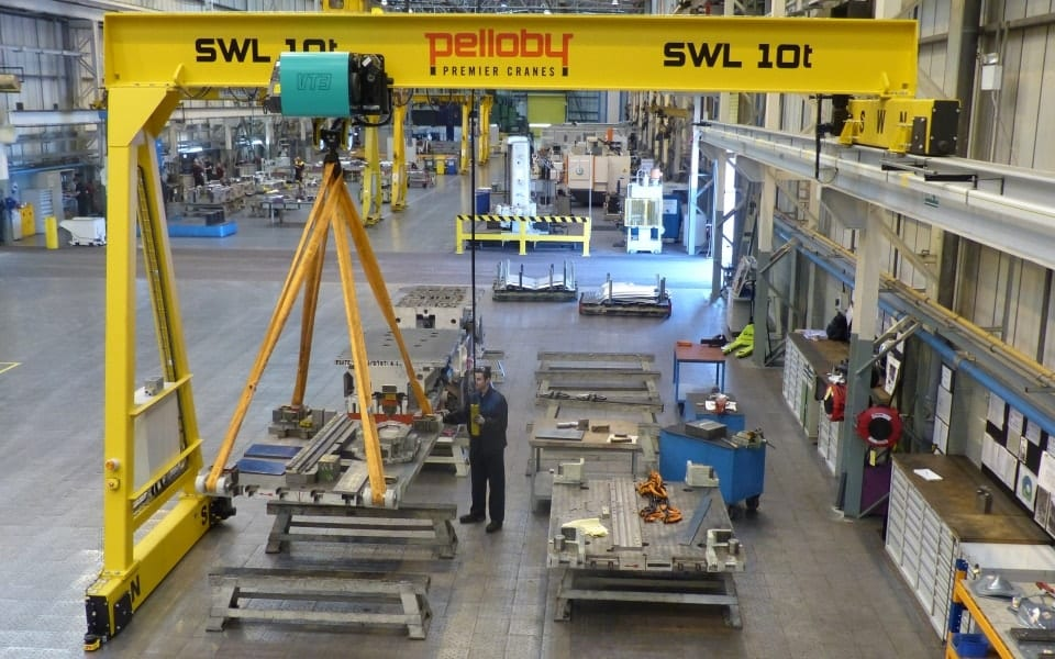 10 tonne semi-gantry crane BMW