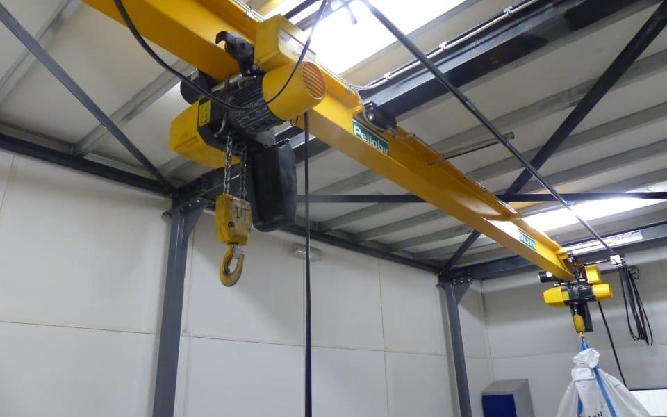 multisorb goal post mounted monorail crane