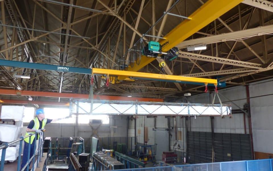 Overhead underslung crane