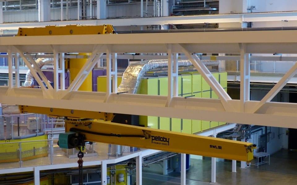 Special inverted jib crane