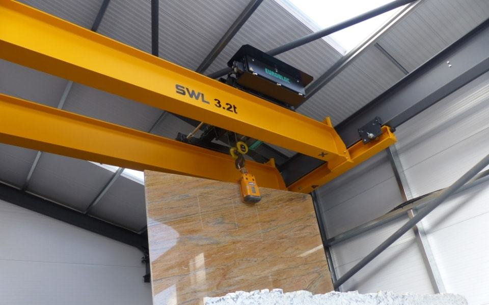 Underhung double girder crane