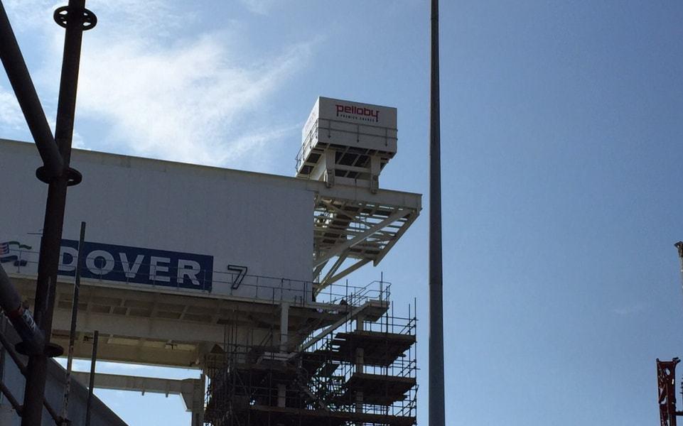 Dover harbour Pelloby cantilever crane