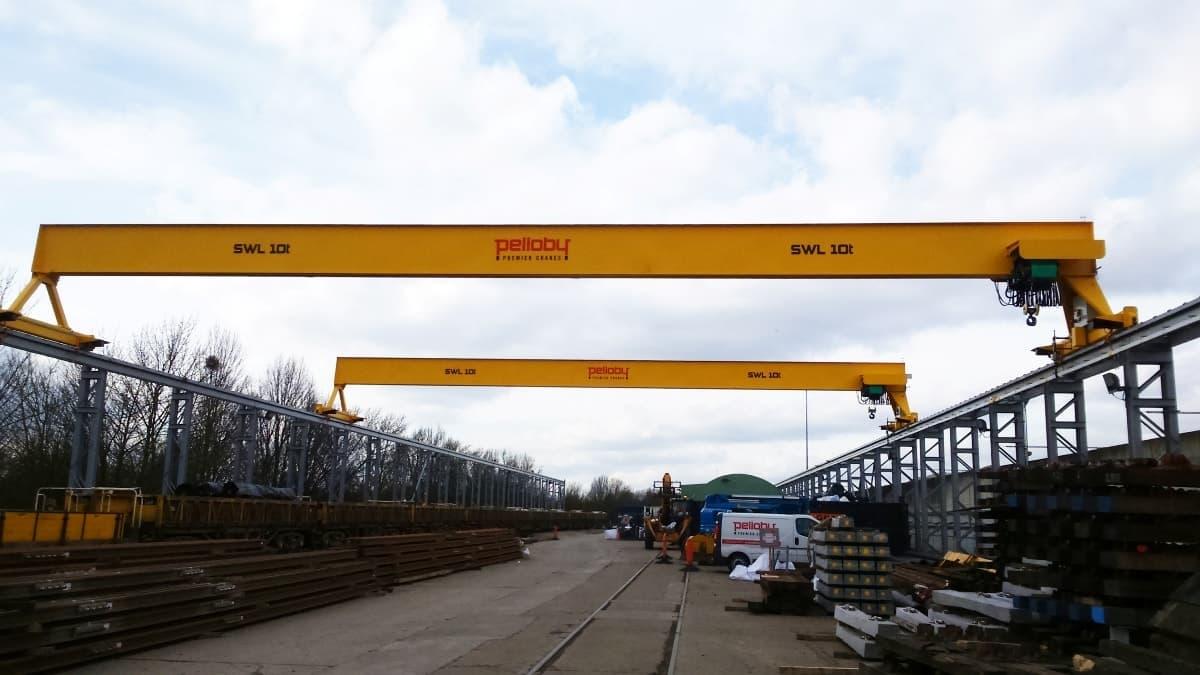 Overhead Cranes With Tandem Travel Positioning Sensor - London Underground