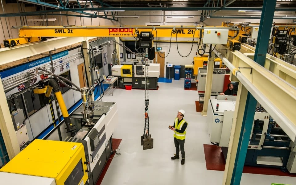 Overhead Crane And Rigging Training Edmonton : Three pelloby overhead cranes for polymer training centre