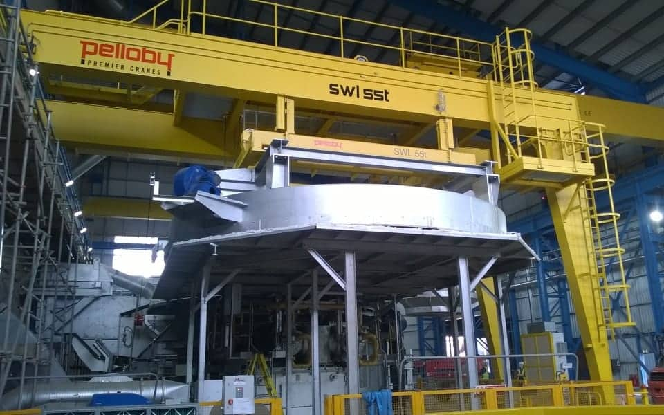 Semi-Gantry Crane With Walkway
