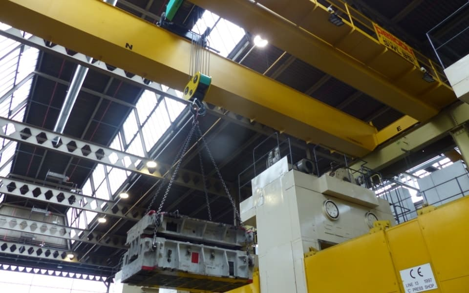 Double Girder Crane Performing Lift