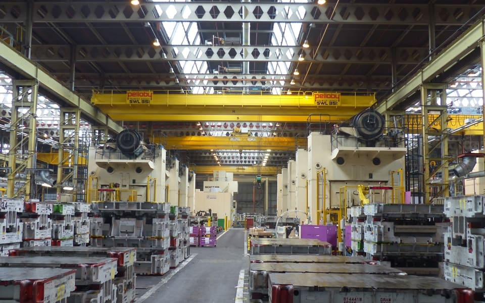 Overhead Cranes in BMW Press Shop
